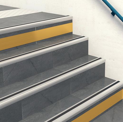 bande podotactile escalier latest plots en aluminium anodis et au design classique votre et. Black Bedroom Furniture Sets. Home Design Ideas